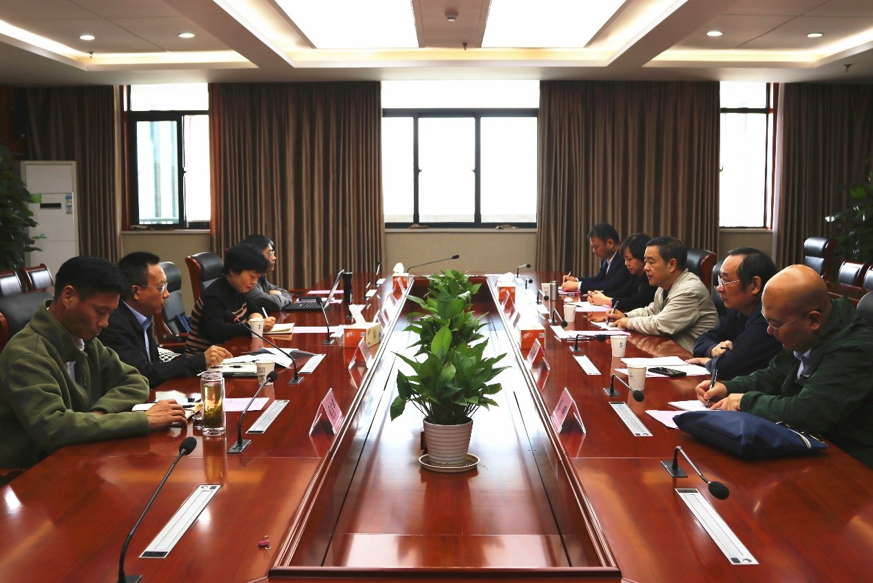 江西广播电视大学党委委员、副校长邱东升一行来我校考察