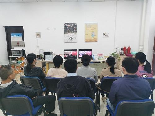网络教育学院组织收看深圳特区建立40周年庆祝大会